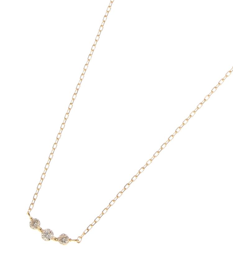 COCOSHNIK(ココシュニック)K18ダイヤモンド グラデーション3石 ネックレス