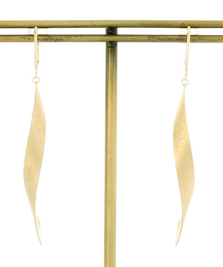 COCOSHNIK(ココシュニック)スターダストプレート 平板ひねり イヤリング