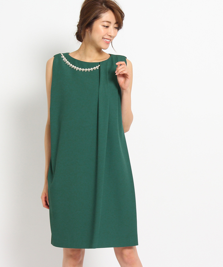 INDIVI COLOR DRESS(インディヴィ カラードレス)EMOTIONALL DRESSES パールチャーム付ワンピース