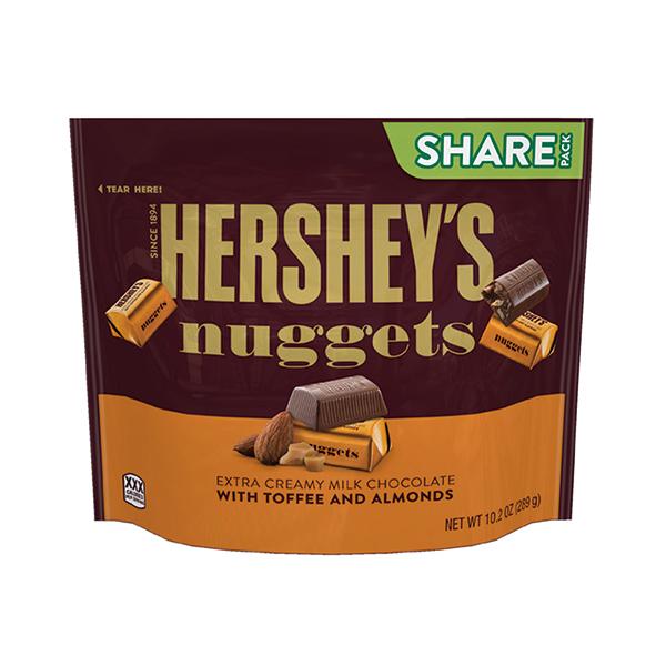 ミルクチョコにクラッシュしたアーモンドと甘いバタートフィーを散らしました ハーシー ナゲット 春の新作 エクストラクリーミー お買い得品 クール便 トフィーアーモンド 289g