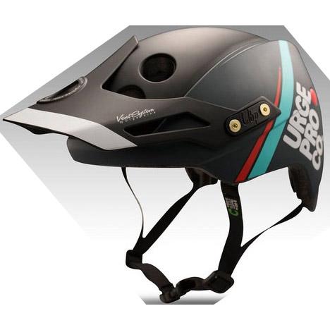 アージュ Endur-o-Matic(エンデューロマティック)ハードバイザー 10th Anniversaryモデル ヘルメット