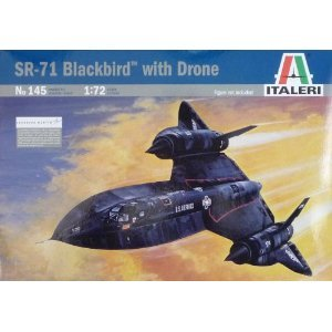 Italeri 1:72 SR71 Blackbird with Drone