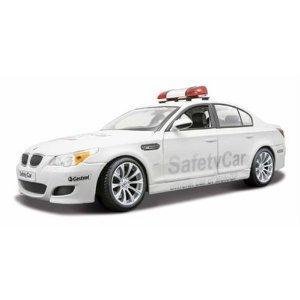 BMW M5 E60 Safety Car Diecast モデル 1:18