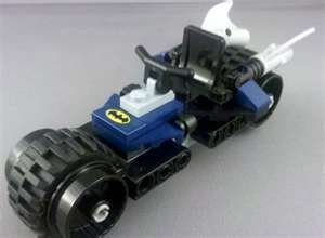 LEGO (レゴ) Batman (バットマン) THE BATCYCLE ONLY from 6857 Joker's Funhouse DC NO FIGS NO BOX (NO