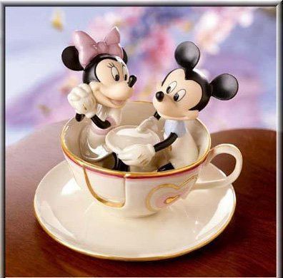Lenox Disney Showcase Mickey's Teacup Twirl