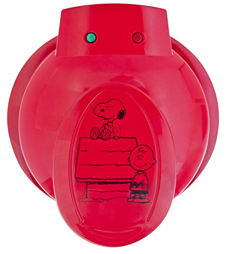 Smart Planet WM6S Peanuts Snoopy and Charlie Brown Waffle Maker, Red by Smart Planet