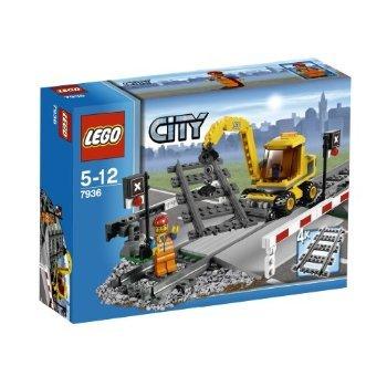 LEGO City - Trains Level Crossing (7936) おもちゃ