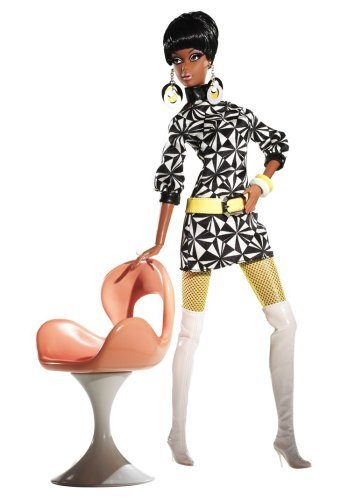 Barbie Collector Pivotal Mod Christie Giftset by Barbie