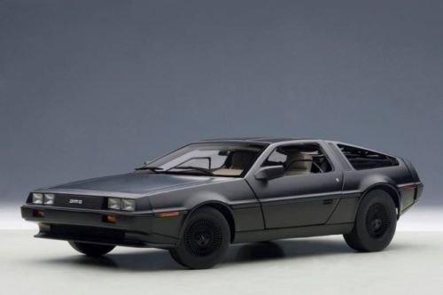 1/18 AUTOART DeLorean DMC-12 1981 Matt Black