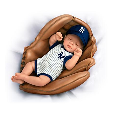 【アシュトンドレイク】MLB-Licensed New York Yankees Baby Doll In Basebal/赤ちゃん人形/ベビードール