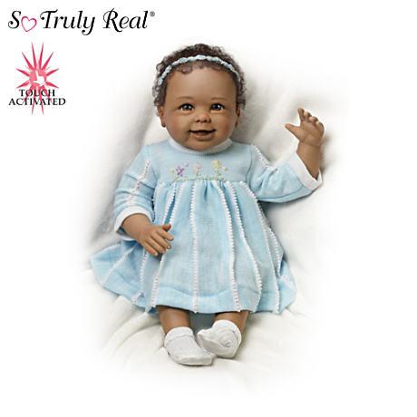 【アシュトンドレイク】★Akeelah Waves Bye Bye★ Interactive Baby Girl Do/赤ちゃん人形/ベビードール