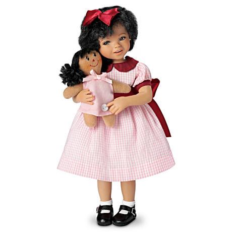 【アシュトンドレイク】Mayra Garza ★Aisha★ Poseable Doll With FREE Doll/赤ちゃん人形/ベビードール