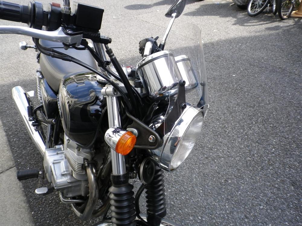 メーターバイザー ウインドシールド ドレスアップ セールSALE%OFF カスタムパーツ CB400SS 汎用 バイク用 風防 今ダケ送料無料 ウインドスクリーン スモーク ミニカウル クリア