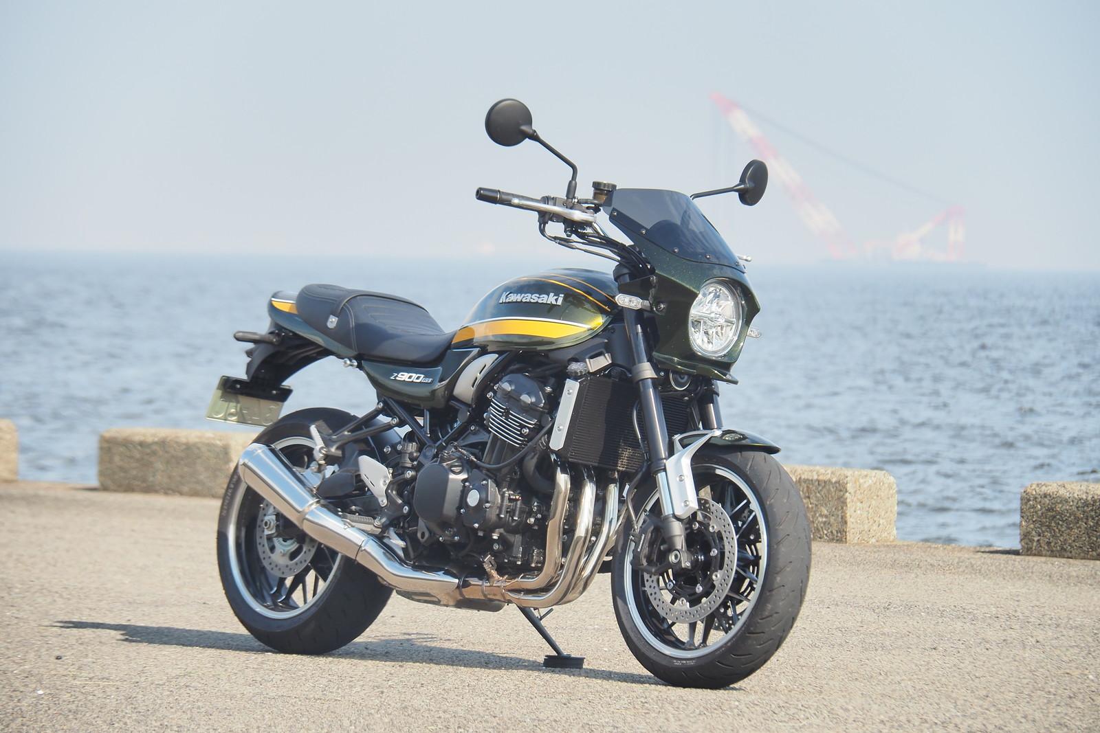 楽天市場 Z900rs用ビキニカウル キャンディートーングリーン タイプrスクリーン仕様 バイクパーツのワールドウォーク