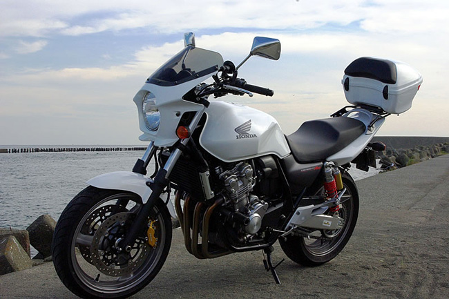 VTR250 ホーネット250 汎用ビキニカウルタイプR パールサンビームホワイト