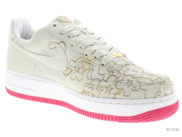 new product 96d89 9b576 NIKE AIR FORCE 1