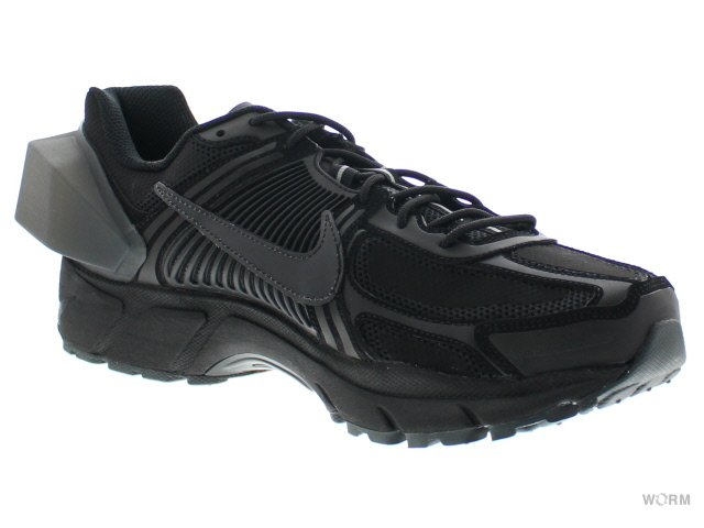 a921114a8d6 NIKE ZOOM VOMERO 5   ACW