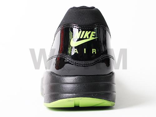 [SAMPLE] NIKE AIR MAXIM 1 + 366488-004 black/black-sprinter green unread items