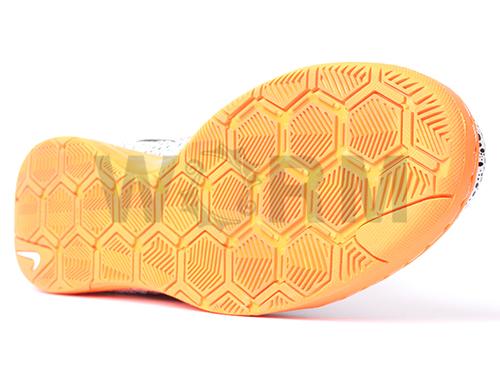 NIKE 5 LUNAR GATO 415124-180 white/total orange-black月神蛾脚趾未使用的物品