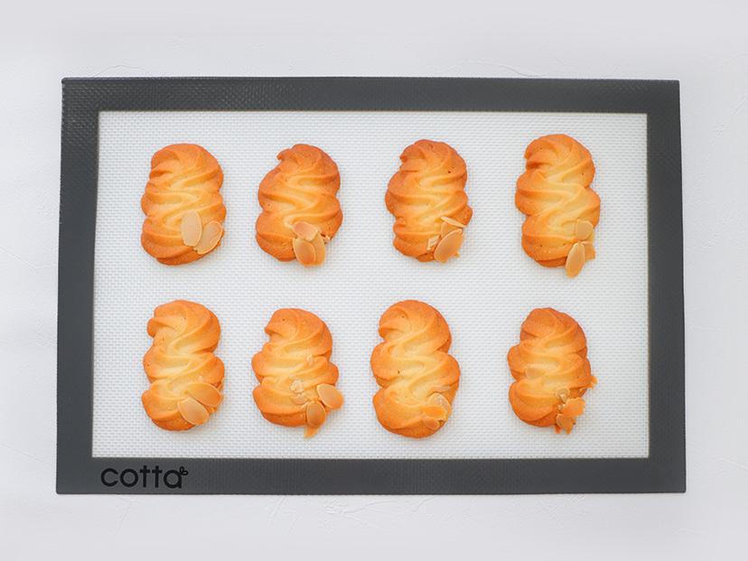 ネコポス対応 送料無料 cotta シルパット 240×360 洗える 繰り返し使用可 シリコンマット ベーキングシート 焼型 焼き菓子 シリコン型 お菓子作り シート ベーキングマット 爆買い新作 オンラインショップ 高品質 メッシュ クッキー