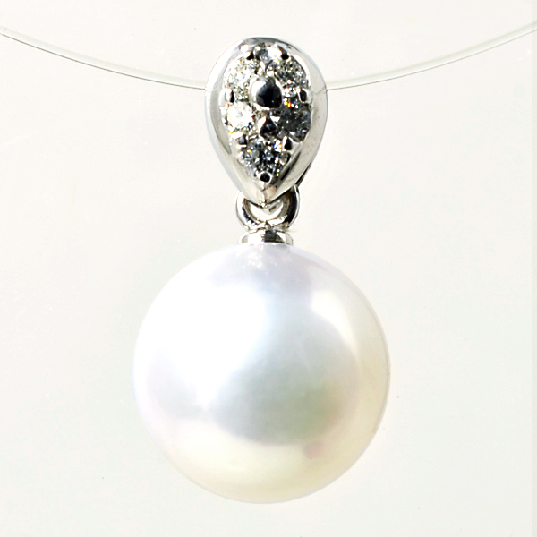 【受注発注品】あこや真珠 パヴェ ペンダントトップ(ヘッド) ホワイト系 8.5-9.0mm BBB K18WG ホワイトゴールド 0.06ct [n5](真珠 ペンダント)