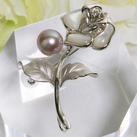 淡水真珠 ホワイトシェル バラモチーフ パールブローチ ピンク(ナチュラル)系 9mmUP AA~B シルバー(silver) [n4](母の日 プレゼント ギフトに)(フォーマル 入学式 卒業式 成人式)