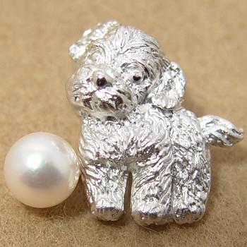 あこや真珠 パールブローチ ≪トイプードル≫ ホワイト系 6.5-7.0mm BBB シルバー(silver) ピンブローチ【受注発注品】[n5](犬好き 戌年 干支)(プレゼント ギフトに)
