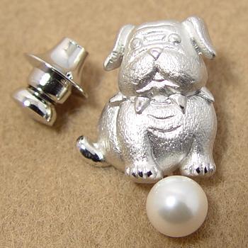 「あこや本真珠 ピンブローチ ≪ブルドッグ≫ 犬モチーフ ホワイト系 6.5-7.0mm BBB」silver シルバー[n5][2018年 戌年 干支](冠婚葬祭 フォーマル 入学式 卒業式 成人式)