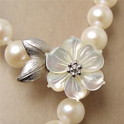 【受注発注品】ホワイトシェルフラワー マグネット式クラスプ 《真珠5.5~10.0mm対応》 シルバー(silver) [n6](真珠ネックレス用 留め具 パーツ)