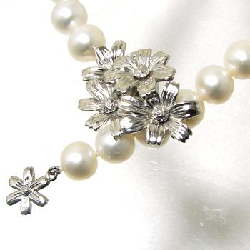 【受注発注品】コスモスモチーフ マグネット式クラスプ 《真珠4~10mm対応》 シルバー(silver) [n5](真珠ネックレス用 留め具 パーツ)