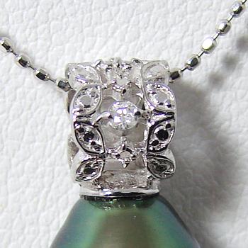 「透かし模様が美しいペンダントトップ金具(K18WG)」(真珠用)[n5]