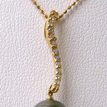 「ダイヤS字ラインペンダントトップ金具(K18)」(真珠用)[n5]