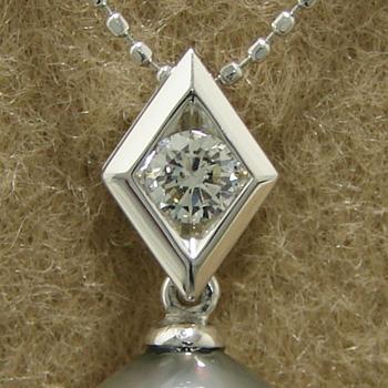 「シャープダイヤモンドペンダントトップ金具(K18WG)」(真珠用)[n5]