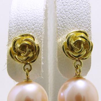 「可憐なバラモチーフのピアス金具(K18)」(真珠用)[n5]