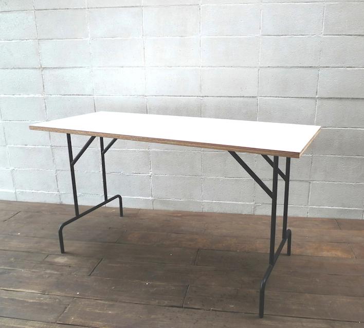 【ショップ什器】インダストリアル鉄製ディスプレイテーブル/デスク DP-06WH Display Table Desk
