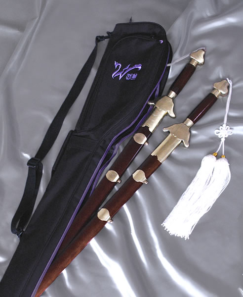 Wu Hua short instrumental case Tai Chi, taiji sword, waving his sword, sword, sword art, Chinese martial arts