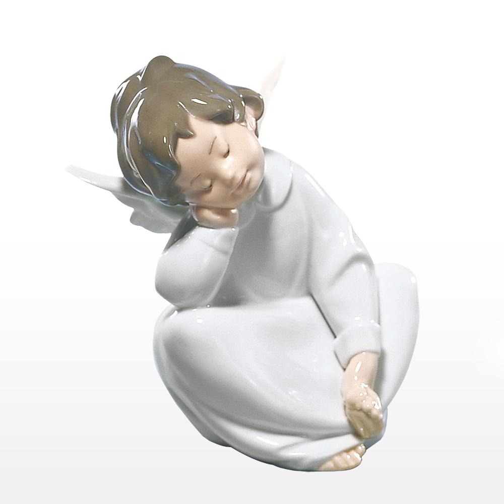 リヤドロ LLADRO 天使の考えごと【なんとかなるよ】 置物 フィギュアオーナメント 4961 【お取り寄せ】