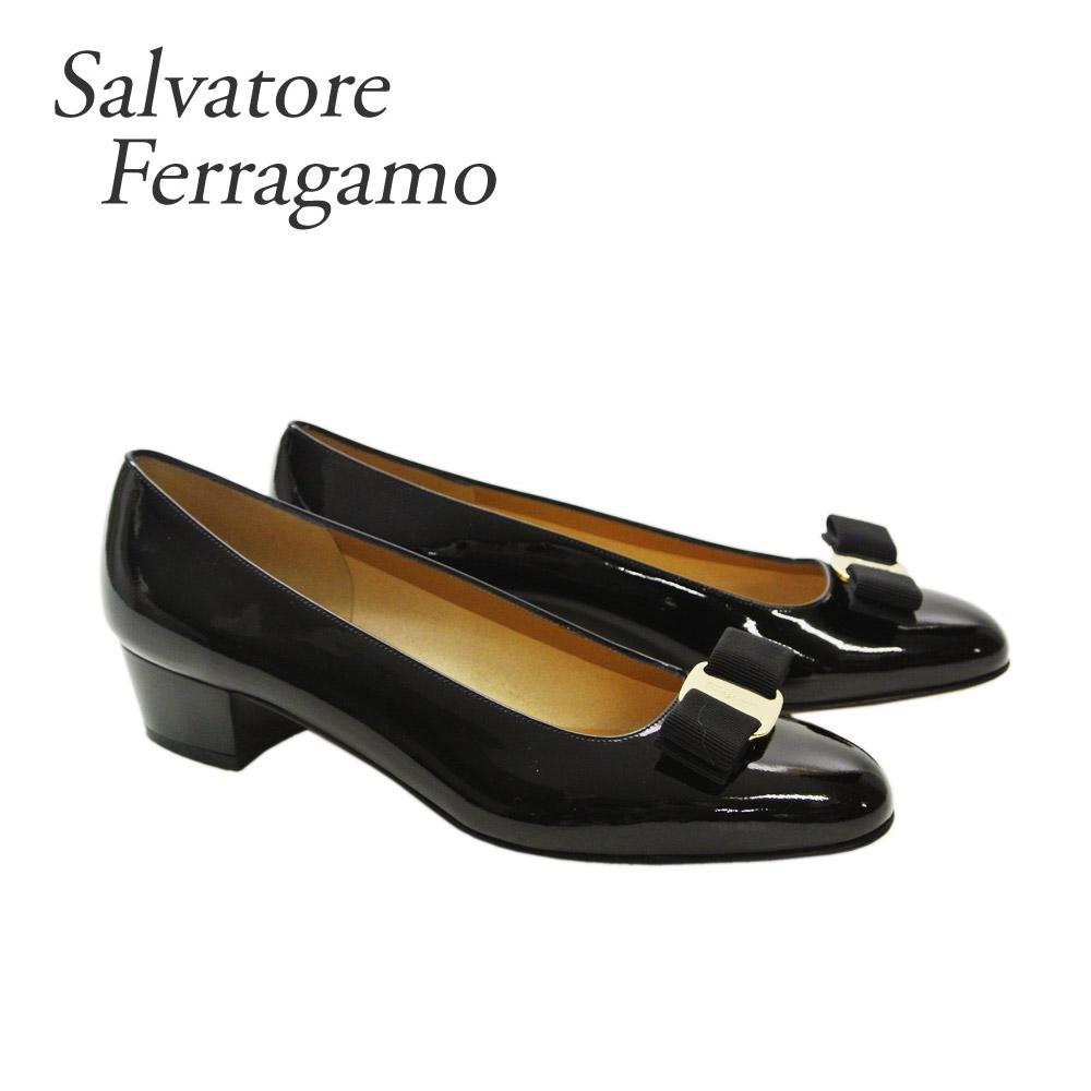 フェラガモ 靴 パンプス FERRAGAMO 【VARA】 574572 ブラック(NERO)