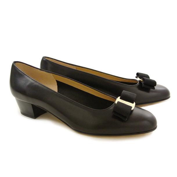 フェラガモ 靴 パンプス FERRAGAMO VARA 0574571 NERO 【VARA】
