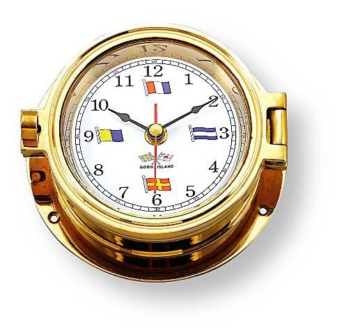 ブラスの輝きをもつ時計はいかが?真ちゅう製クウォーツムーブメント