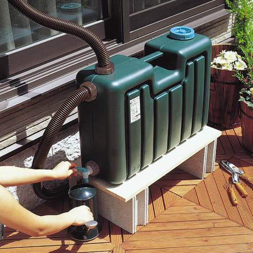 雨水タンク 50L雨水だって無駄にしません!!自然の恵みを有効活用雨樋に簡単接続♪【代引不可】【送料無料】