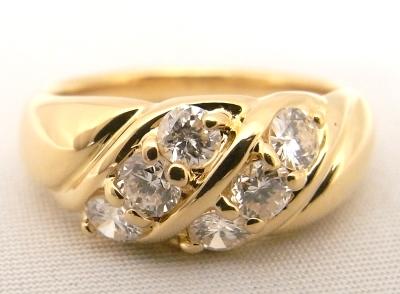 【送料無料】【代引手数料無料】【中古】【程度A+】【美品】K18 YG イエローゴールド 指輪 ダイヤ0.61ct ノーブランド リング