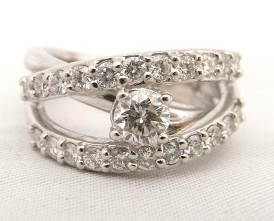【送料無料】【代引手数料無料】【中古】【程度A】Pt900 プラチナ900 指輪 ダイヤモンド 0.338ct・0.70ct ノーブランド リング