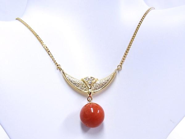 【中古】【程度A】【美品】【ノーブランド】K18 YG イエローゴールド ネックレスダイヤモンド 0.02ct サンゴ 珊瑚