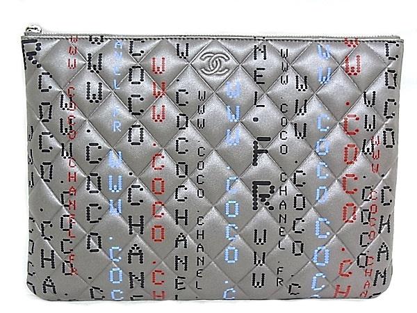 シャネル マトラッセ クラッチバッグ ポーチA82658 コンピューターサーキットボード ラムスキンシルバーカラー×マルチカラー【極上美品】【程度S】【未使用品】