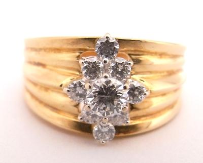 【送料無料】【代引手数料無料】【中古】【程度A】K18 イエローゴールド 指輪 ダイヤモンド 0.61ctノーブランド リング