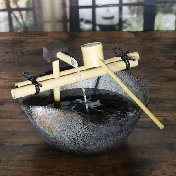 送料無料 信楽焼き湧き水電動つくばい 陶器つくばい 循環 水琴窟 水流 蹲 筧 かけひ すいきん 箱庭信楽焼カケヒ 湧き水 和風 dt-0030