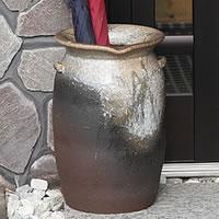 信楽焼 傘立て 玄関に豊かな表情をつくりだす信楽焼かさたて 陶器傘立て 和風傘立て インテリア 傘たて つぼ 陶器ツボ 壷かさたて kt-0187