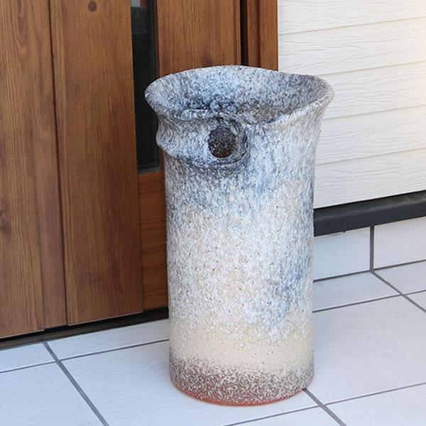 傘立て 陶器傘立て 信楽焼かさたて 和風傘立て 傘入れ 壷 しがらき カサタテ やきもの傘立て かさたて陶器 玄関 花器 花瓶 ひねり傘立て kt-0107