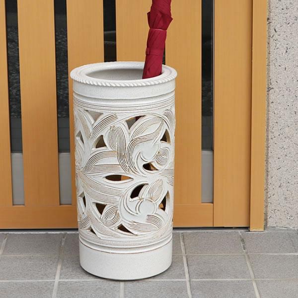 傘立て 陶器傘立て 信楽焼かさたて 和風傘立て 傘入れ 壷 しがらき カサタテ やきもの傘立て かさたて陶器 玄関 花器 花瓶 白唐草傘立て kt-0161